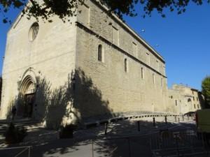 x.2.Eglise Malaucène, extér (5). 131 ko