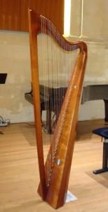 x.10.harpe ancienne. 109 ko